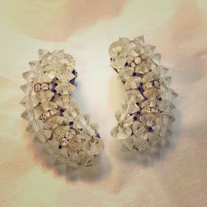 Beautiful vintage 1950s Lucite/rhinestone earrings